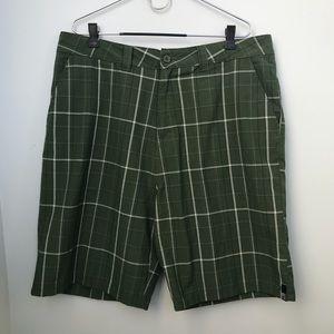 O'Neil Green Plaid Shorts size 38 men's